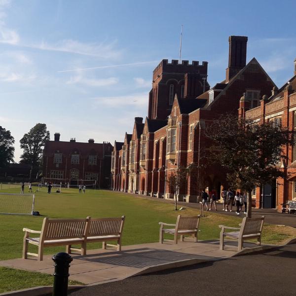 vacanze studio all'estero college Eastbourne